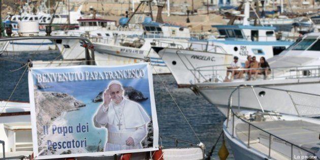 Papa Francesco a Lampedusa: la visita di Bergoglio tra i migranti
