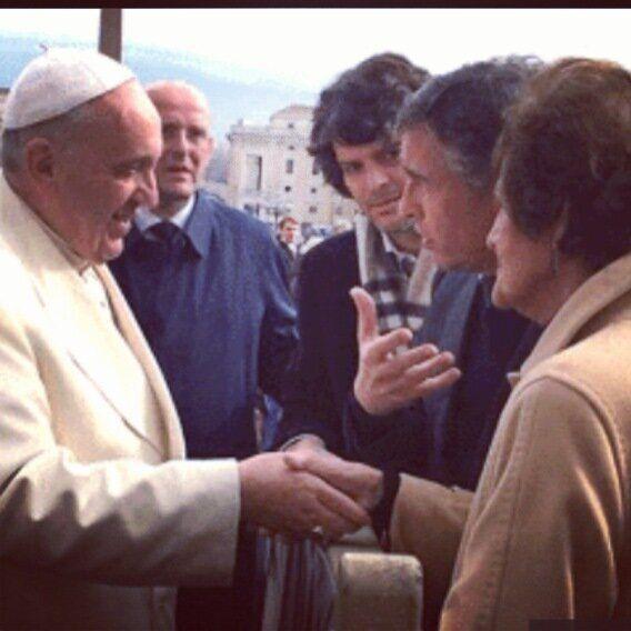 Philomena Lee incontra il Papa: qualcosa sta