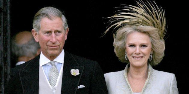 Carlo e Camilla, da amanti appassionati a coppia agée. La prima intervista della duchessa di