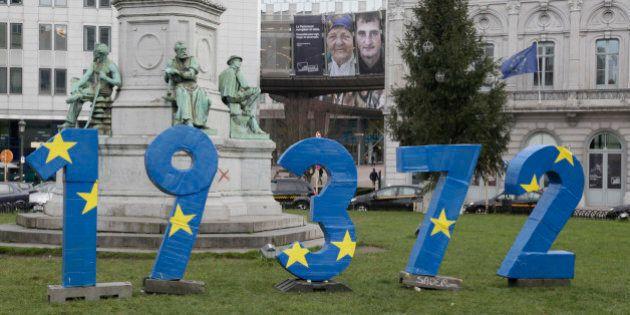 19.372, installazione di FUNNEL ricorda all'Europa i migranti morti nel Mediterraneo negli ultimi 20...