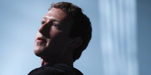 Facebook e Mark Zuckerberg vendono azioni per 3,9 miliardi di dollari. Maxi offerta di 70 milioni di