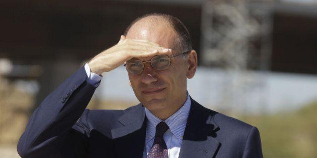 Enrico Letta ottimista sul governo. Il premier bacchetta i due fattori di instabilità: Matteo Renzi e...