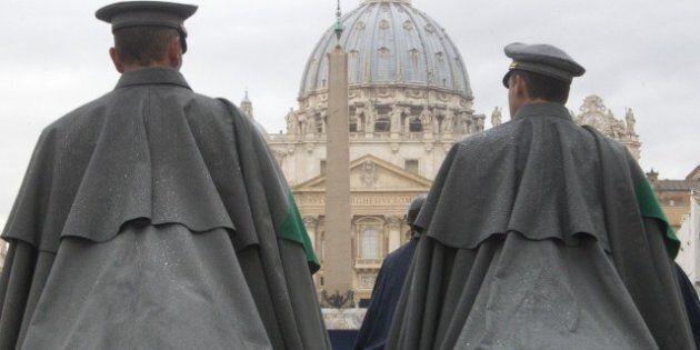 Sfilano i cavalli in Vaticano per la benedizione di Sant'Antonio