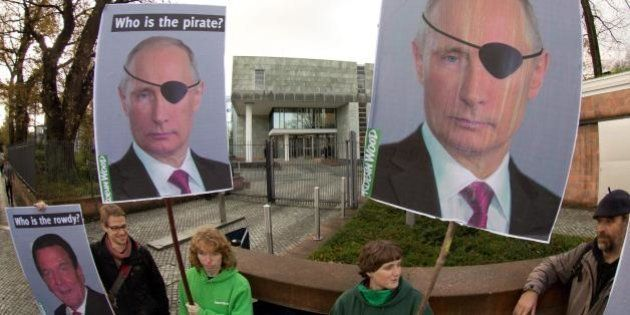 FreeArtic30, Russia. Consigliere del Cremlino: