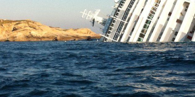 Costa Concordia: spunta un altro incidente simile a quello del Giglio, nel 2005 a Capri la