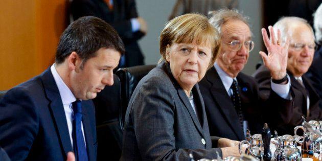Angela Merkel apre una linea di credito a Matteo Renzi, ma Schaeuble mette i paletti a Padoan: