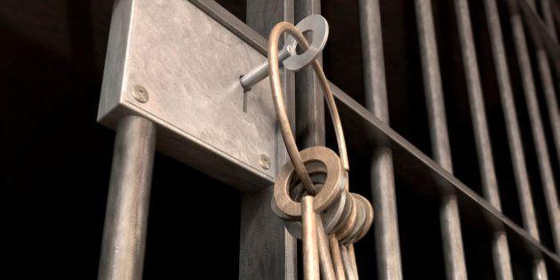 Pietro Esposito, pentito di Camorra, non rientra in carcere dopo permesso