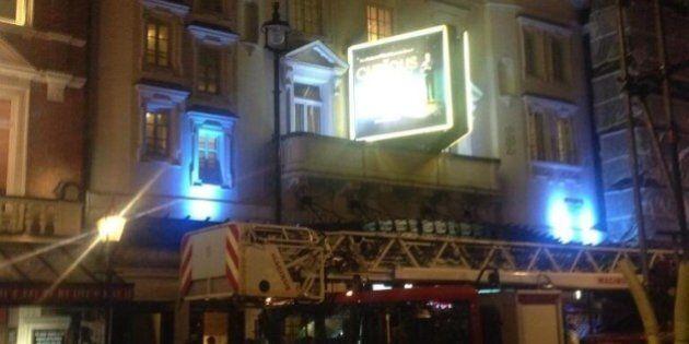 Londra, Apollo Theatre. Crolla il tetto del teatro. La polizia: