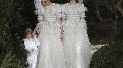 Moda, Lagerfeld porta in passerella due spose e un
