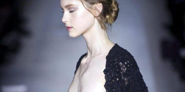 Moda: Valentino, cancelli barocchi e giardini labirinto