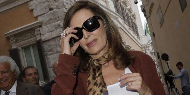 Laura Boldrini chiama Daniela Santanchè: