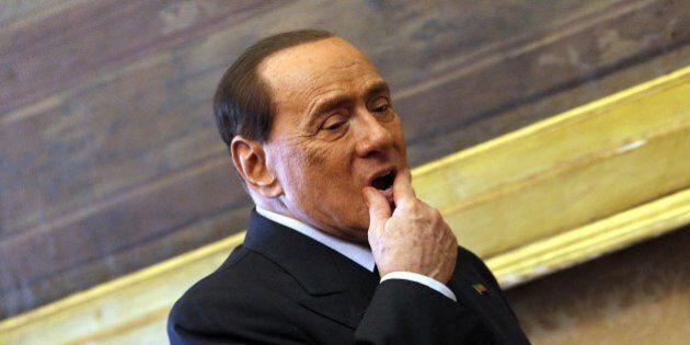 Silvio Berlusconi si autosospende da Cavaliere del