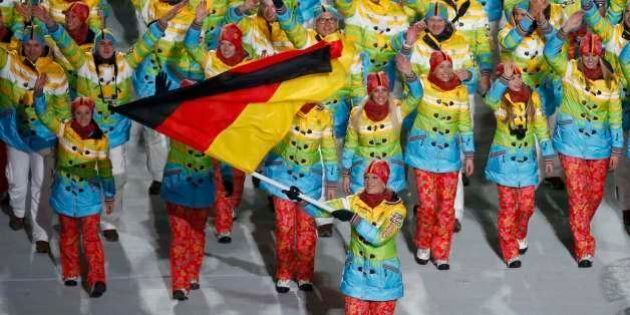 Olimpiadi Sochi, cerimonia di apertura. I cerchi olimpici diventano quattro per un problema di luce