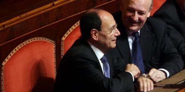 Renato Schifani e Sandro Bondi. Sfida a distanza in tv tra falchi e colombe