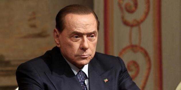 Per arginare la frana di Forza Italia, Berlusconi pensa al nome nel simbolo ma il figlio in lista dipende...