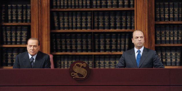 Scissione Pdl: tra Silvio Berlusconi e Angelino Alfano è battaglia per il controllo del