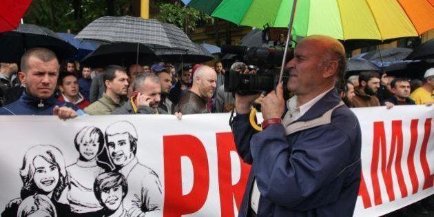 Primo Pride albanese: un grande passo avanti per il Paese balcanico, ma anche un piccolo importante passo...