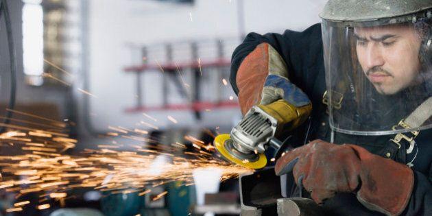 Produzione industriale in crescita ad aprile: +0,7% su base mensile. Ocse: Italia unica del G7 ad