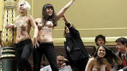 Femen contro la legge sull'aborto in Spagna