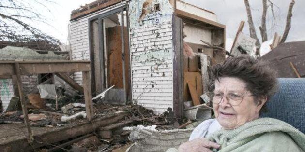 Tornado Usa: 81 tempeste flagellano l'Illinois, sei morti e decine di feriti