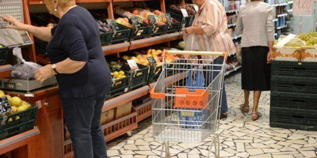 Istat, con la crisi via carne e pesce dalle tavole delle