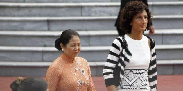 Agnese Renzi ad Hanoi: primo viaggio all'estero da first lady. Insieme a Matteo Renzi in visita ufficiale...