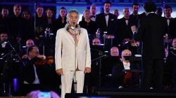 Bocelli canta l'inno