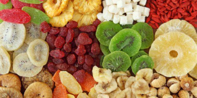 Allergie a Natale: albero, alimenti e frutta secca. 10 cose da evitare per la salute