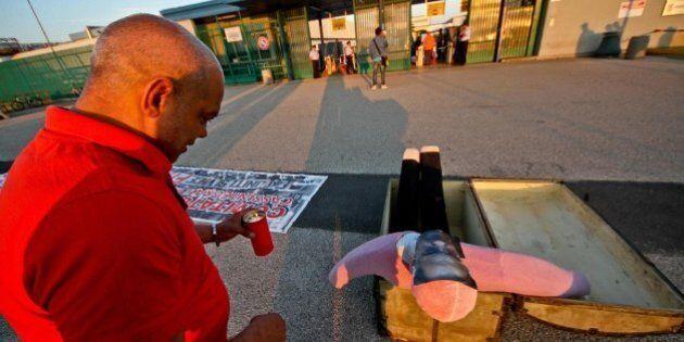 Fiat, torna lo scontro. Rottura fra azienda e sindacati sul rinnovo del contratto, proteste a Grugliasco...
