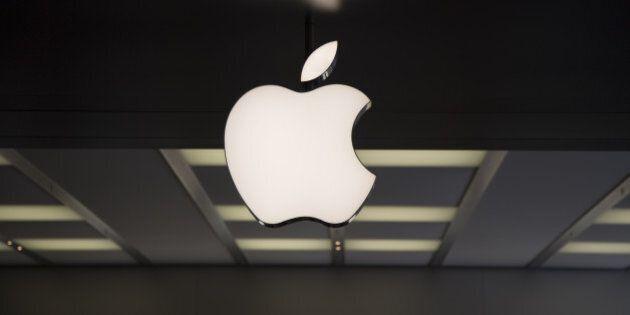 Ue, indagini su Apple Fiat e Starbucks: possibili aiuti di Stato da Paesi con regimi fiscali