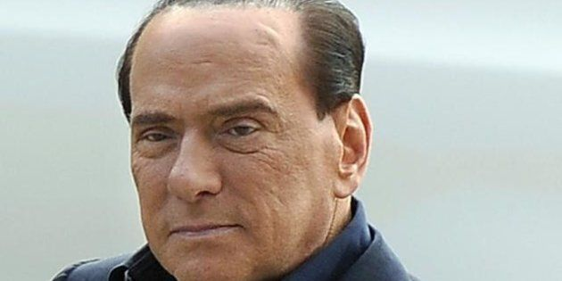 Saltano le primarie del Pdl, Angelino Alfano cede a Silvio Berlusconi. Il Cavaliere torna leader di una...