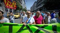 Dai taxi contro Uber, alla magistratura irresponsabile: l'Italia delle