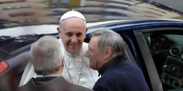 Mafia, Papa Francesco incontra i famigliari delle vittime. La durezza di don Ciotti: