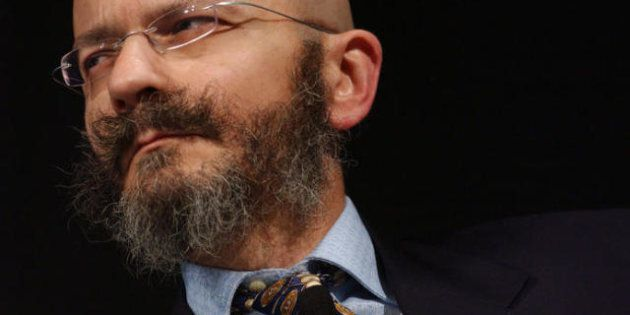 Elezioni 2013, dopo le accuse di Zingales Oscar Giannino medita le dimissioni da Fare. Voti in libera...
