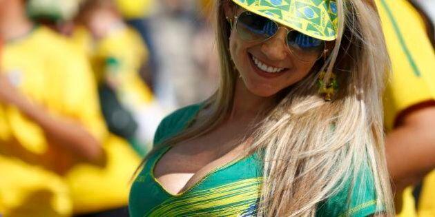 Mondiali 2014, cerimonia di apertura con Jennifer Lopez in versione sexy. Ed è festa delle bellezze sugli...