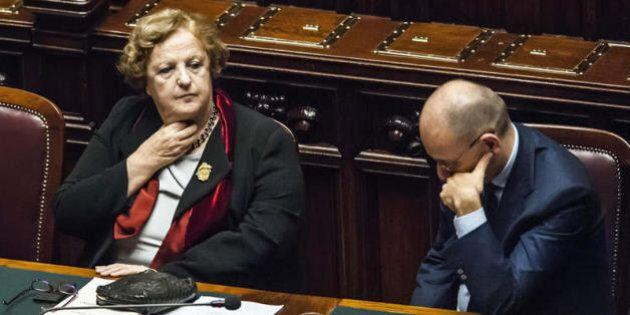 Enrico Letta garantisce per Cancellieri. Ma al gruppo Pd Civati e il renziano Carbone vogliono il
