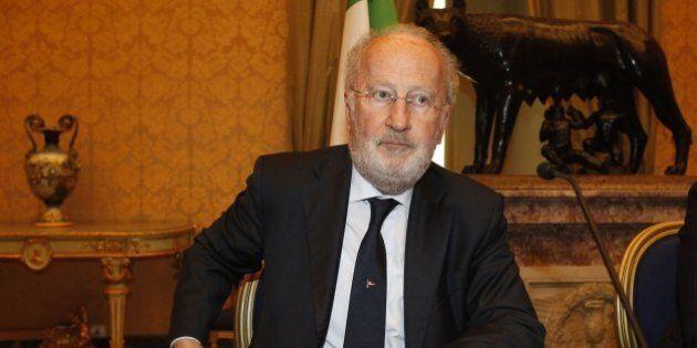Tangenti Mose: il sindaco di Venezia Giorgio Orsoni si dimette dopo le pressioni del Pd e del consiglio
