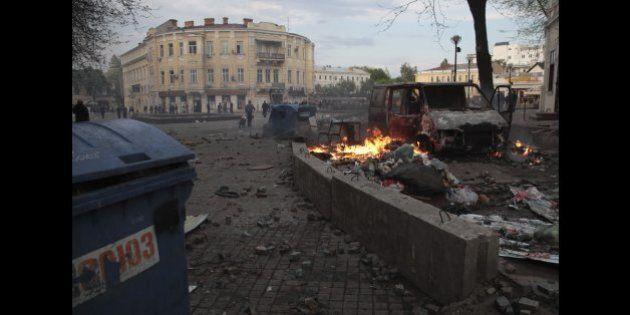 Ucraina: assedio Kiev al bastione separatista Sloviansk, liberati ostaggi Osce (FOTO,