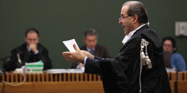 Antonio Di Pietro torna in toga per il processo contro Silvio Berlusconi sulla compravendita dei senatori