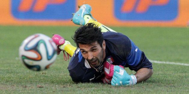 Italia Inghilterra mondiali 2014: Gianluigi Buffon salta la prima partita. Allarme caldo (FOTO,