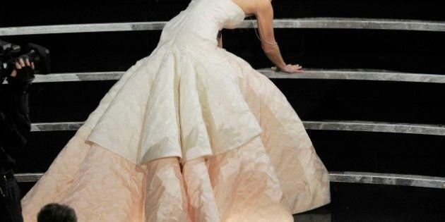 Oscar 2013: da Valentino a Dior, il meglio della moda sul red carpet. Jennifer Lawrence vittima del vestito,...