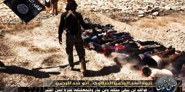 Iraq, esecuzione sommaria di soldati: l'Isil diffonde le immagini sul web