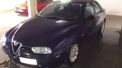 Auto blu (e rosse) in vendita su eBay. Il governo punta sulle low