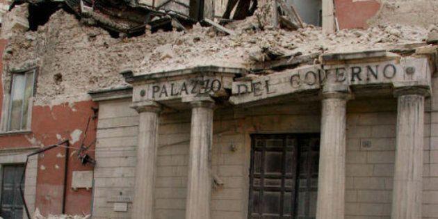 Terremoto L'Aquila, tangenti sui beni culturali: 5 arresti. In carcere l'ex braccio destro di Bertolaso