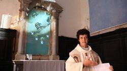 Messa e Internet: Madre Longhitano celebra la messa per gli