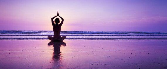 Meditazione al cioccolato, in movimento e con la respirazione alternata. Le tre pillole di Now della...