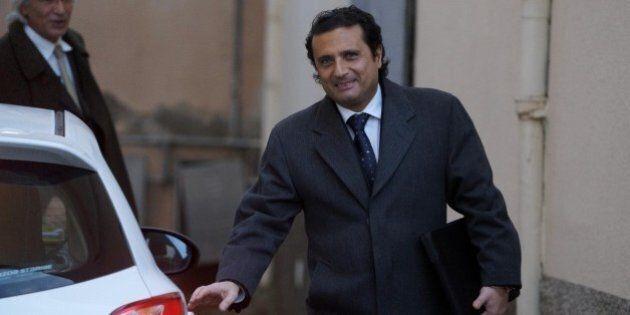 Totoministri, Twitter vota il rimpasto. Anna Maria Franzoni alla Famiglia, il comandante Schettino ai...