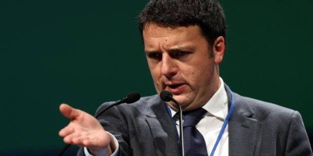 Matteo Renzi: continua lo scouting tra i M5s. I dissidenti: