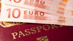 Passaporti più cari al rilascio, ma addio al bollo
