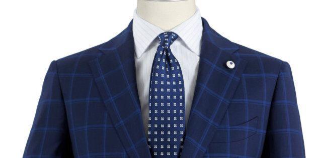 Pitti Immagine Uomo 86, tendenza blu: giacche, abiti, jeans, camicie si tingono di scuro